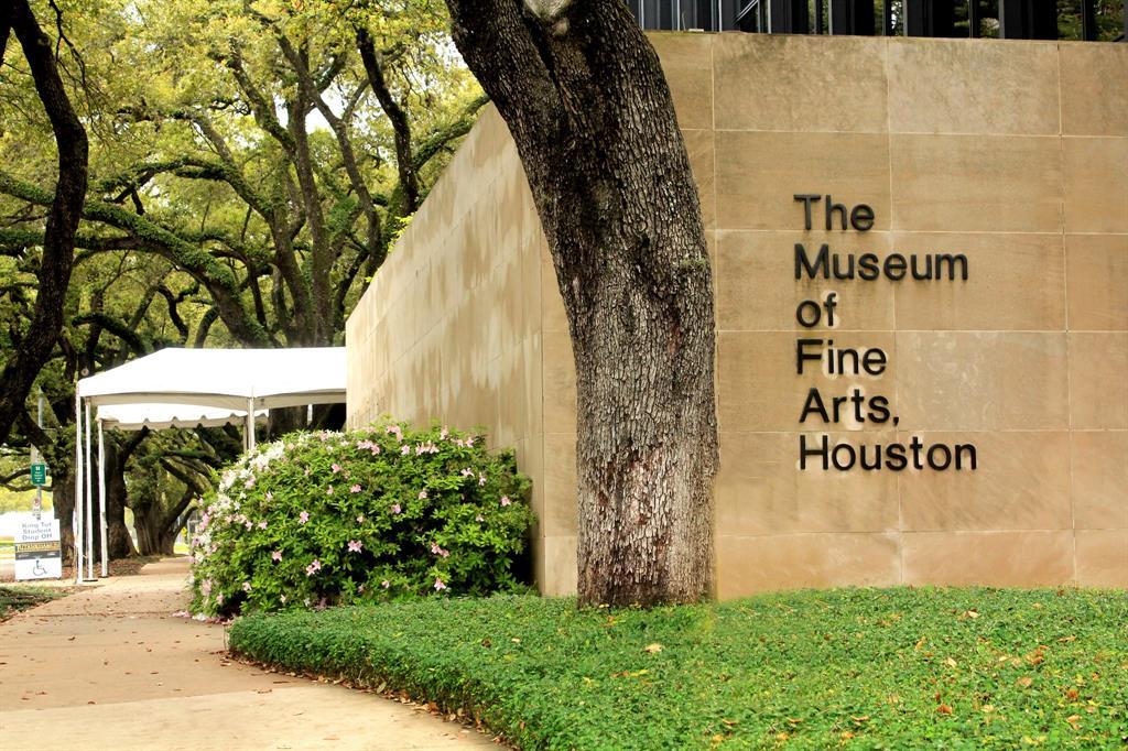 The Oaks on Caroline - The Museum of Fine Arts Houston